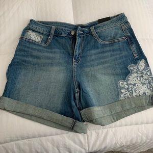 Lane Bryant shorts. NWT